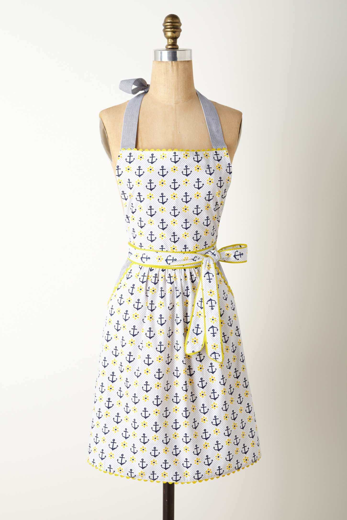 Apron ~ Perry Harbour An apron meant for real kitchen work. | Aprons ...