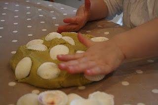 The Imagination Tree: Play Dough Recipes