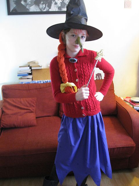 The Witch From Room on the Broom costume