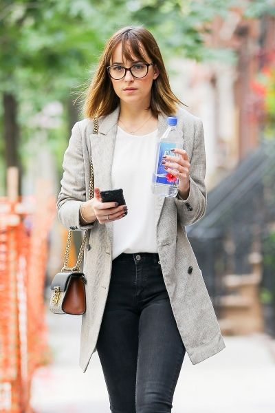 04a5733fdff New pics of Dakota in NYC today!!