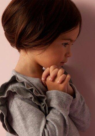 Pin By Clara Lalinde On Ninos Little Girl Haircuts Girl Haircuts Girls Short Haircuts