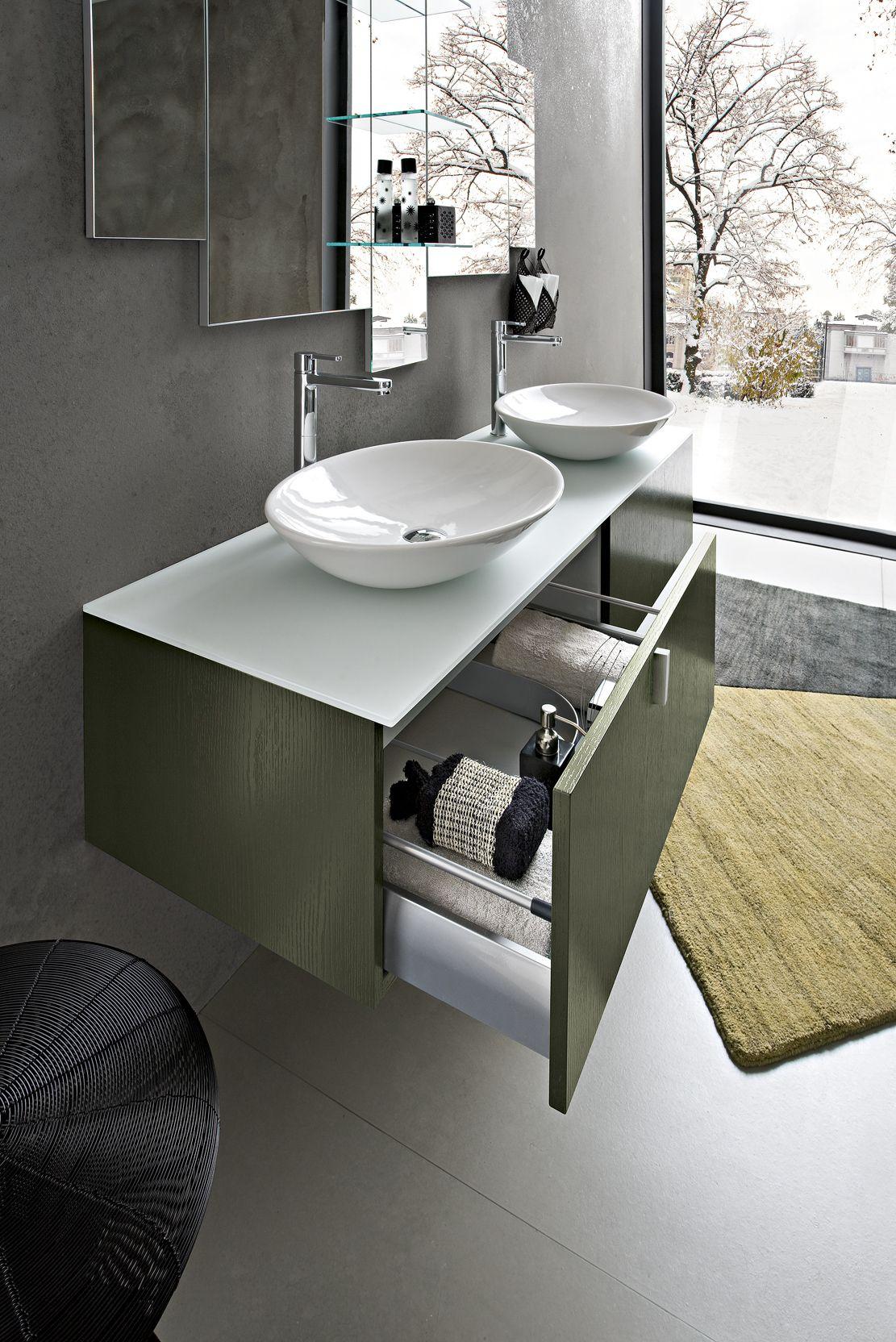 Bagno Play con finitura laccato verde muschio VO-5 su rovere poro aperto http://www.cerasa.it/it ...