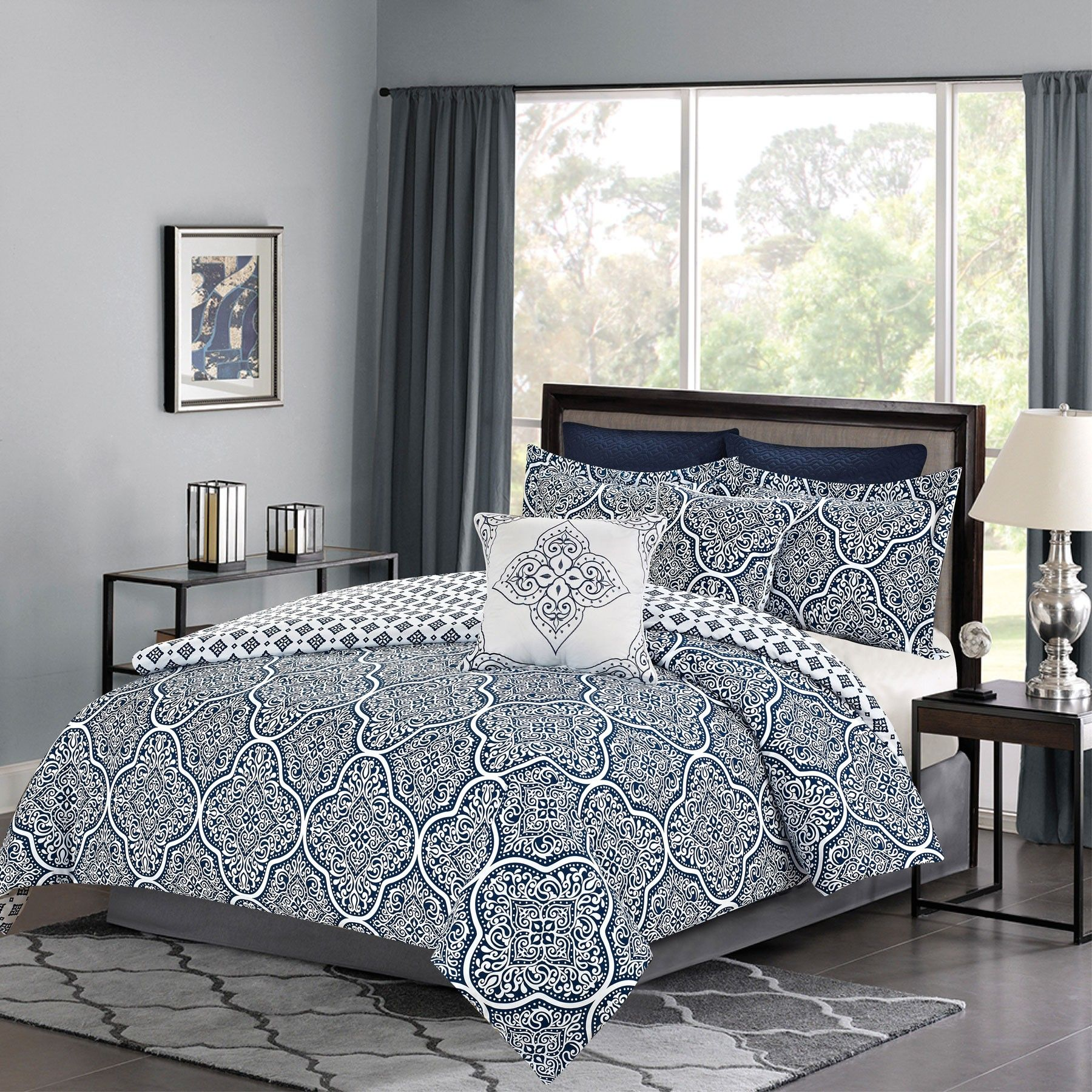 patchwork bed quilted quilt com oversized reversible set floral white sale and blue on king bedding striped amazon size sets comforters black katelin comforter bedspread