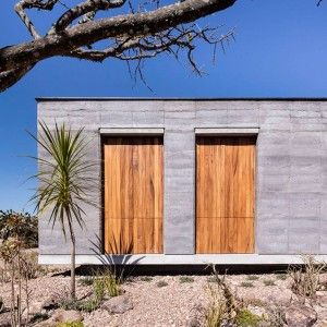 Cherem+Arquitectos+builds+rammed-earth+house+in+Mexican+highlands