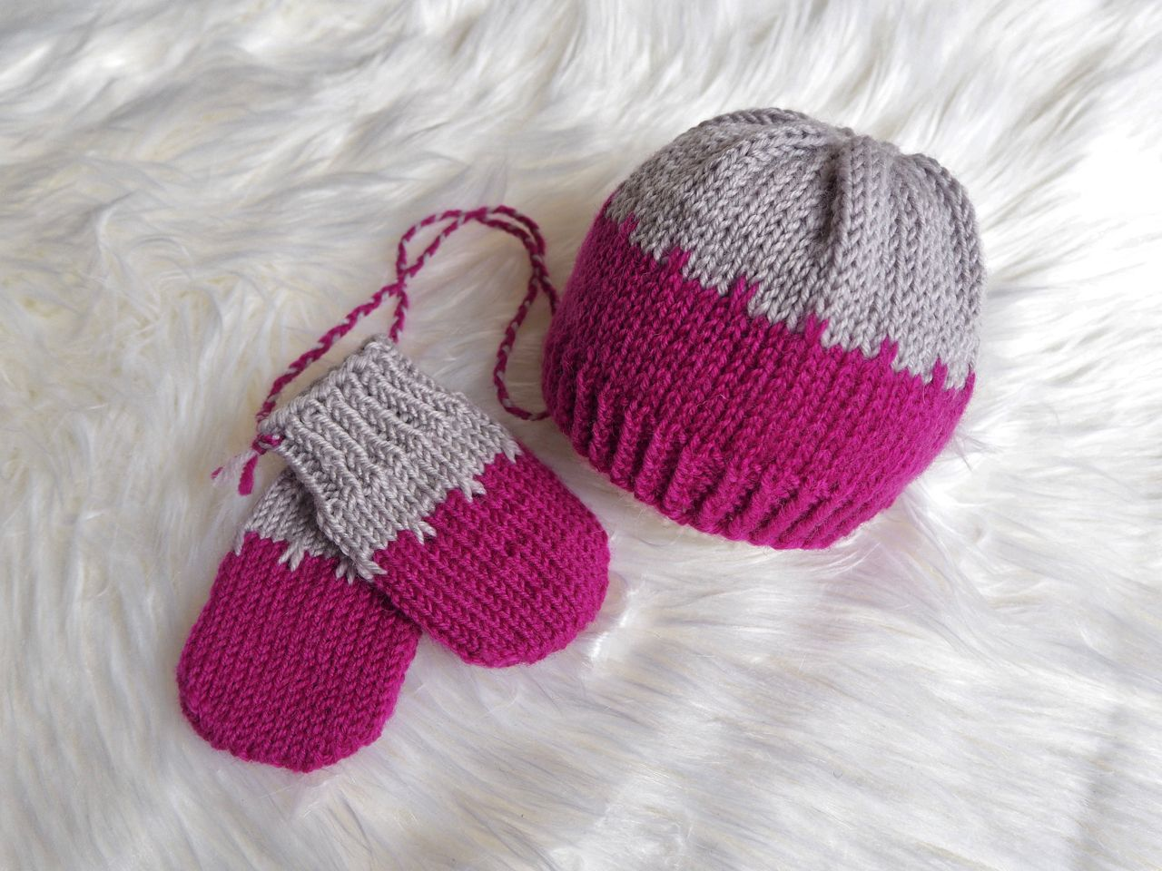 Babymütze Tidbit – Kostenlose Strickanleitung – Caros Fummeley
