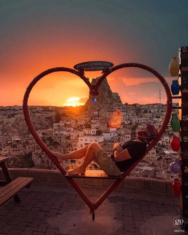 Jetez un œil à ma photo sur Twenty20app. Sunset in Cappadocia, Turkey ??…