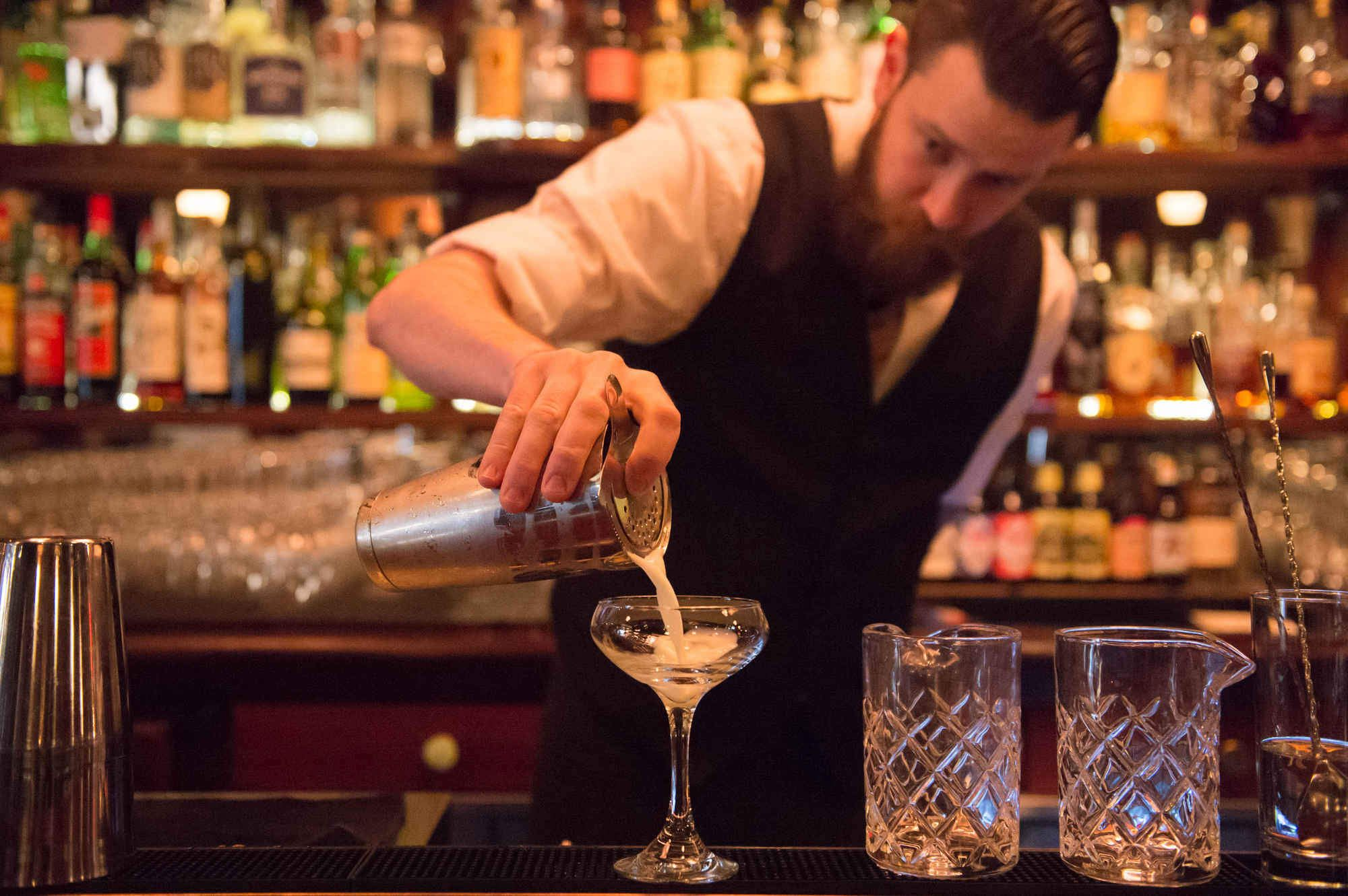 The Best Bars in Seattle Right Now   Seattle bars, Cool ...