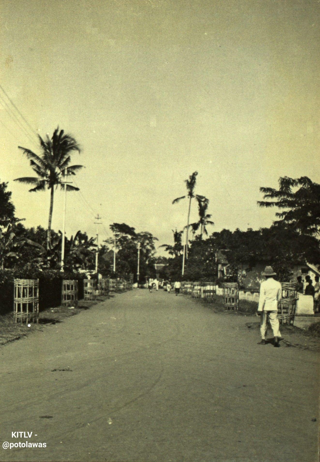 Gambar Foto Pahlawan Dewi Sartika