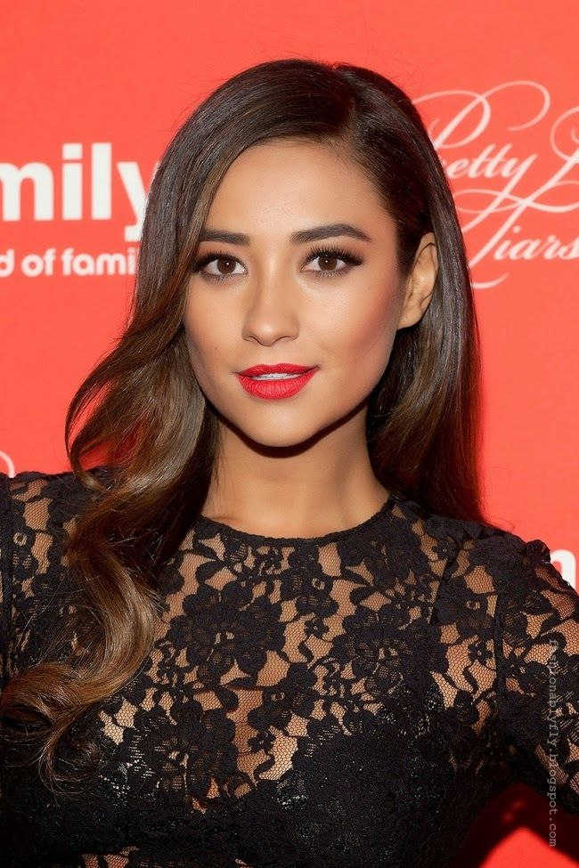 Fashionably Fly: Glam Cam: Shay Mitchell