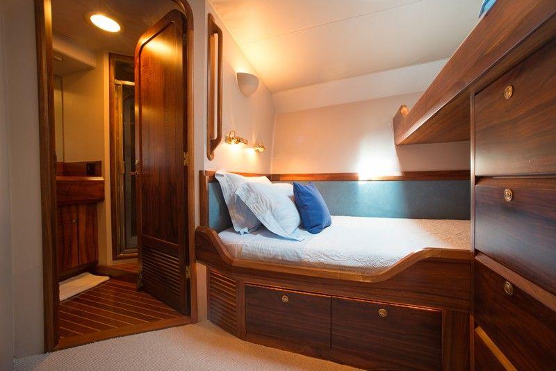 Luxury GOLDEN OSPREY - Motor Yacht Check more at https://eastmedyachting.co.uk/yachts/golden-osprey-motor-yacht-charter/