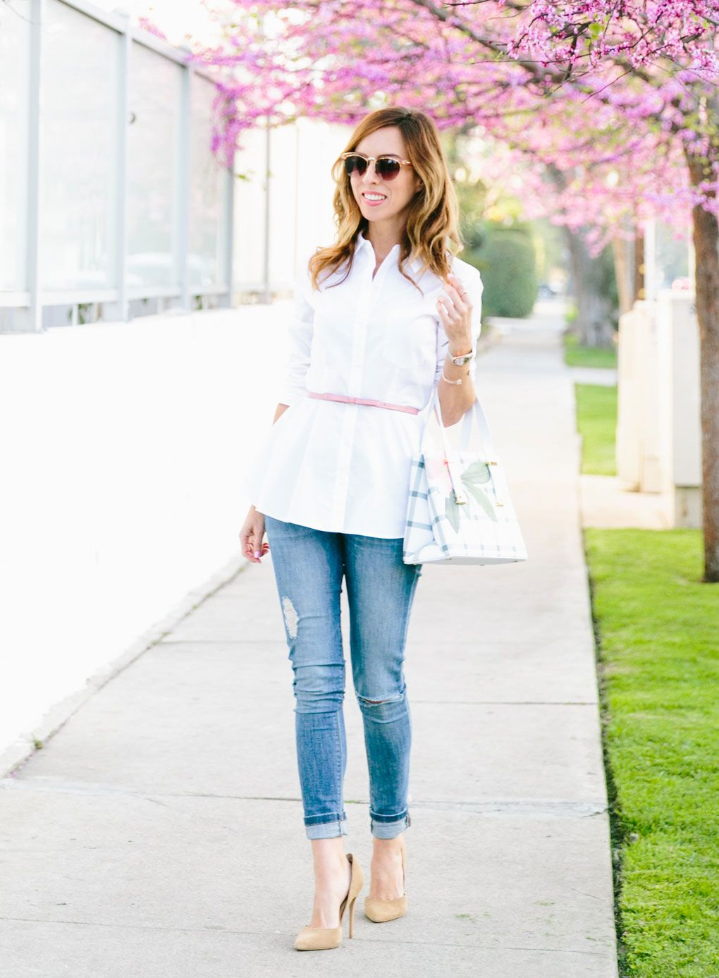 Sydne Style shows how to wear skinny jeans for spring