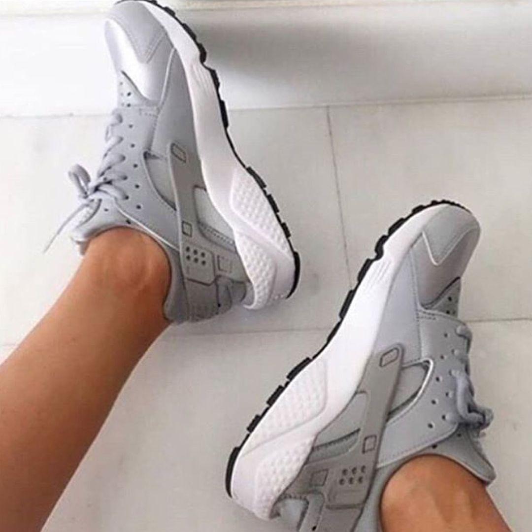 Yeni Sezon Spor Ayakkabi Modelleri 150 Urunlerimiz Garanti Belgelidirkapida Odeme Nakit Kart35 45 Arasi Numaral Nike Huarache Nike Huarache Women Nike Shoes