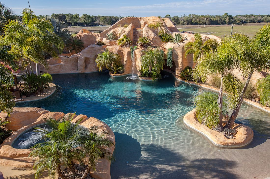 5 Acre Lake Placid Fl Estate With Resort Style Oasis Selling To Highest Bidder At Absolute Auction Photos Dream Backyard Pool Resort Style Pool Luxury Pools