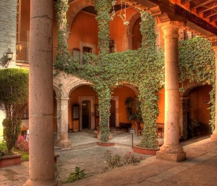 Spanish Style Homes With Courtyards: Pin On Casas Mexicanas Decoracion Interior Y Exterior