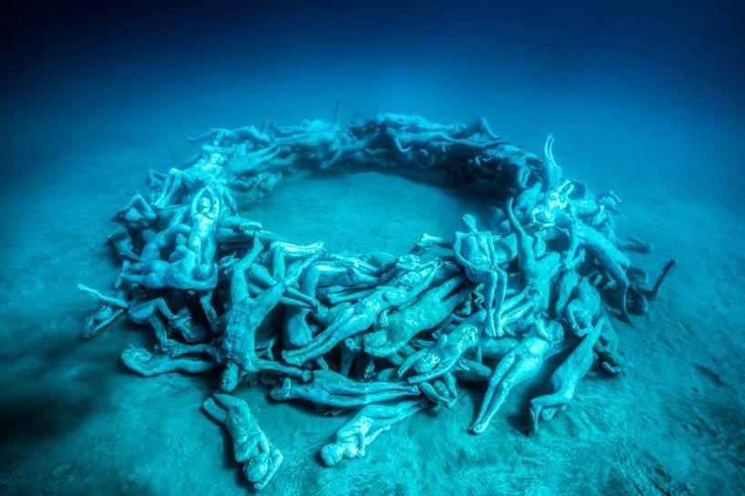Jasondecairestaylornewunderwatersculpturesdesignboom - Europes first ever underwater museum is full of hyperrealistic human sculptures