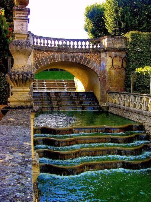 Waterfall Gardens, Villandry, France | Photo Place
