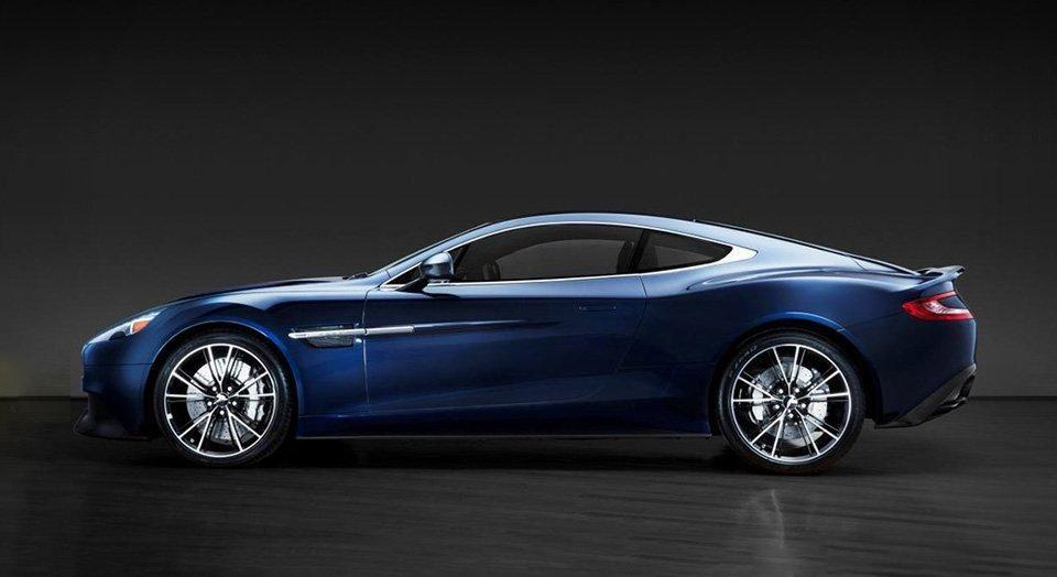 Daniel Craig S Aston Martin Goes On Auction Salon Prive Mag Aston Martin Vanquish Aston Martin Aston