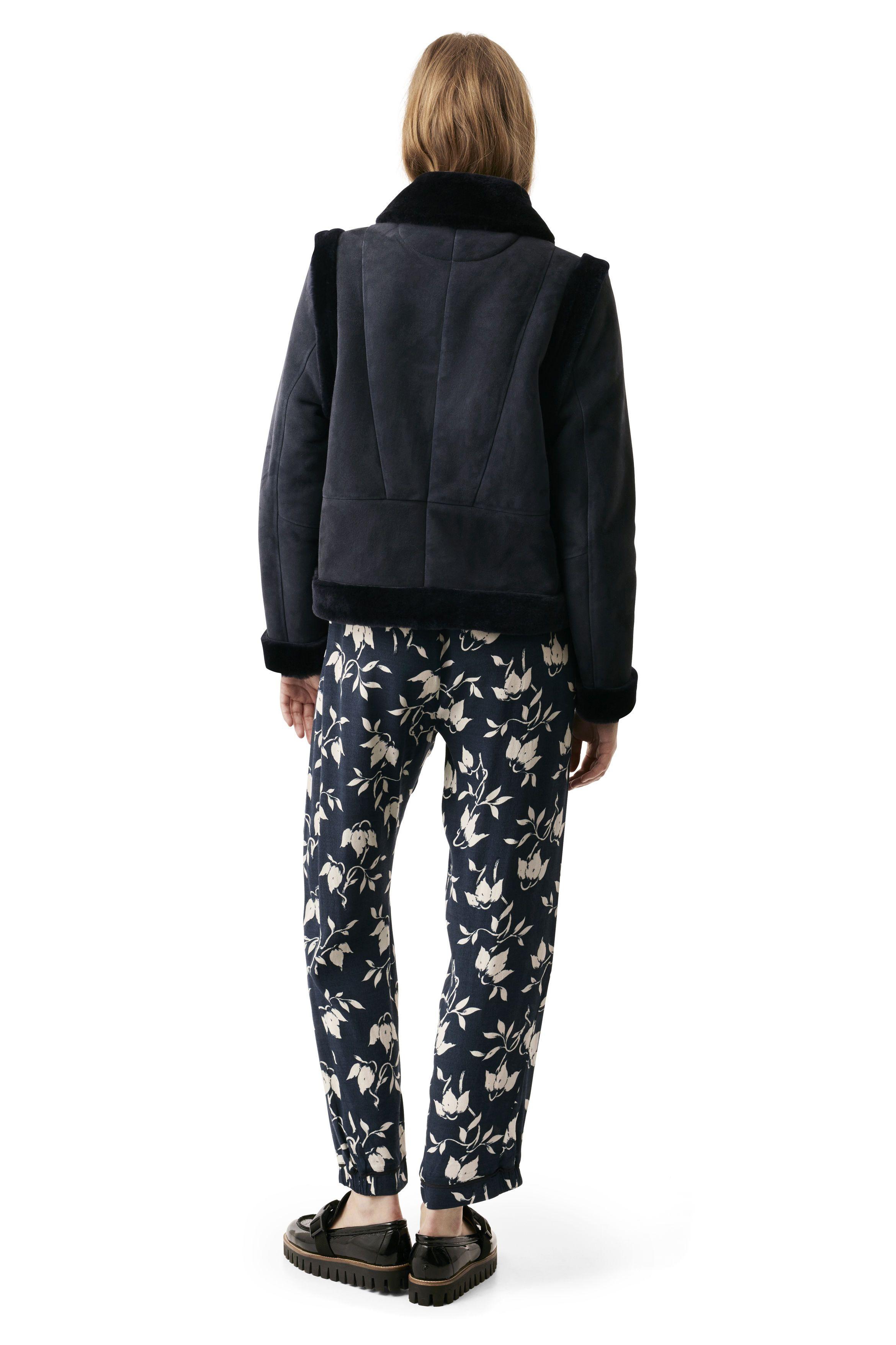 Scott Shearling Jacket Ganni Clothes Clothes For Women Shearling Jacket [ 3512 x 2340 Pixel ]
