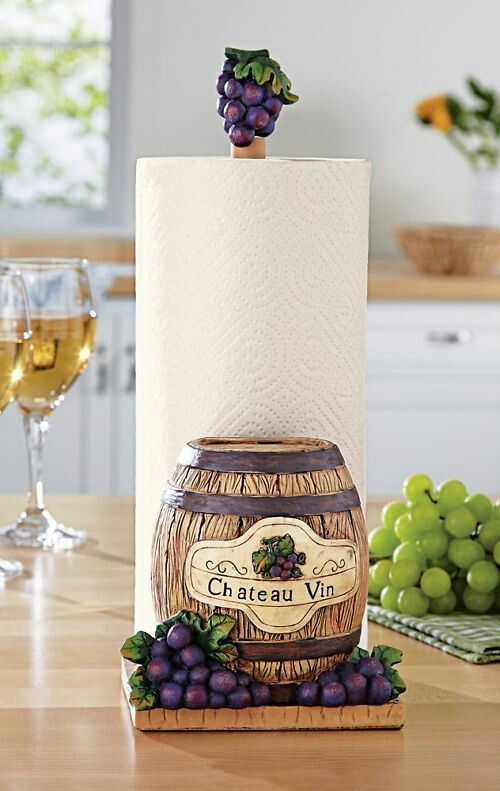 Grapes kitchen grape decor pinterest kitchens for Wine and grape themed kitchen ideas
