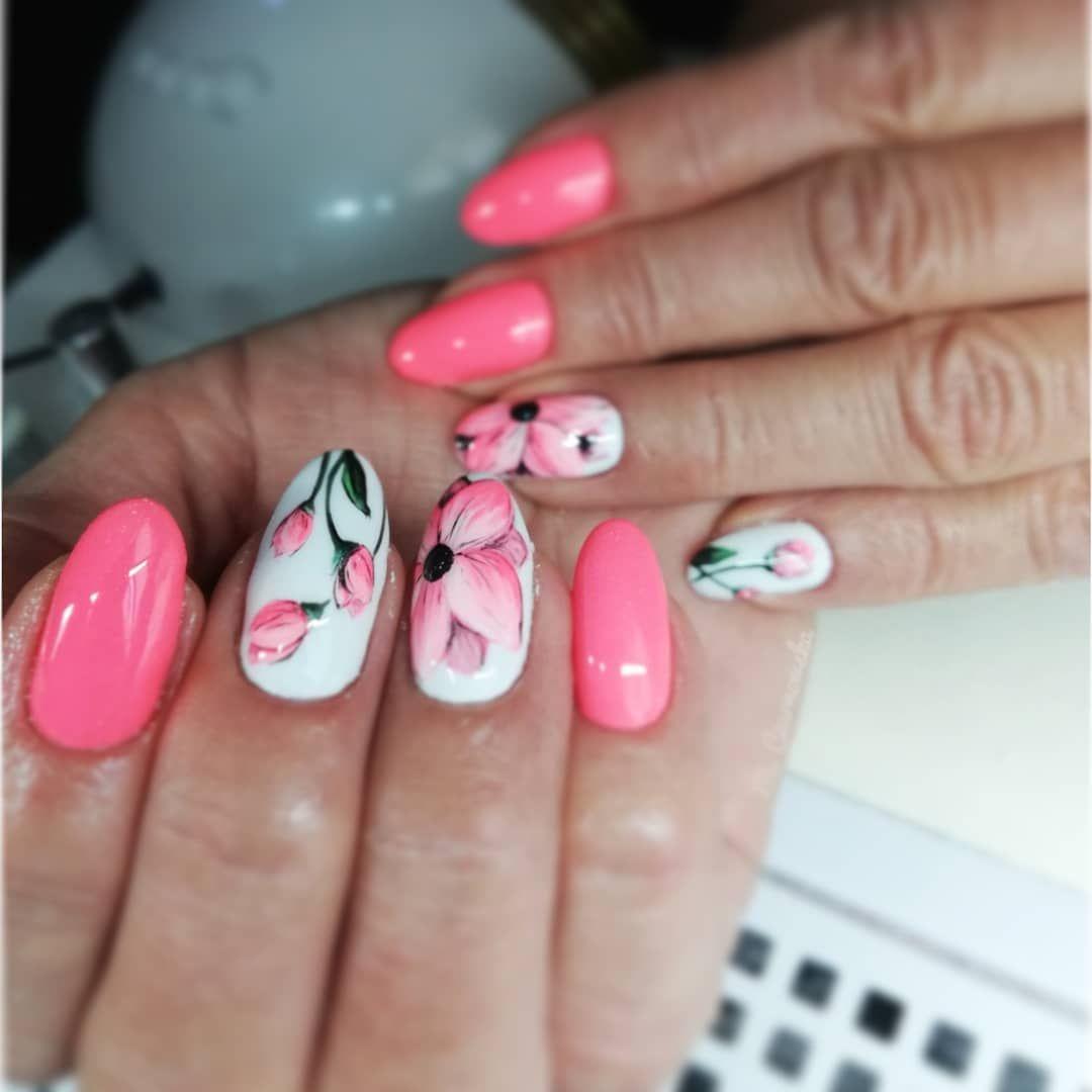 Reczniemalowane Kwiaty Zdobieniareczniemalowane Zdobieniepaznokci Zdobienia Paznokcie Pomyslynapaznokcie Pazurki Nails Beauty Makeup