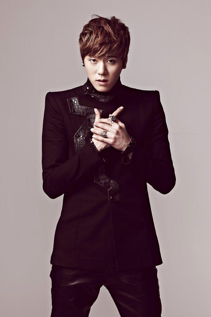 Pin By Kpop Egy Fan On Jjcc Stuffs Jackie Chan Kpop Boy Groups