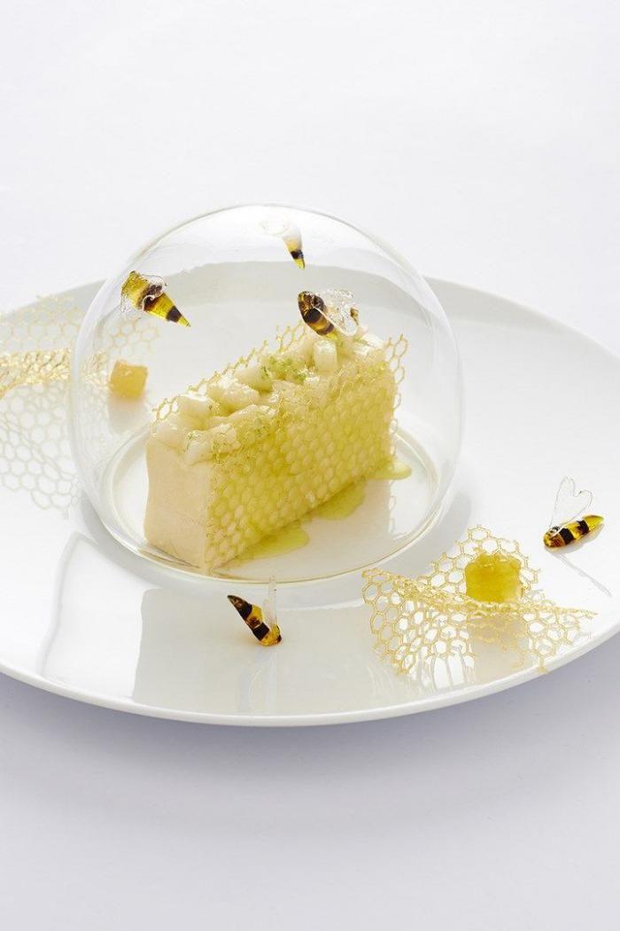 l 39 assiette gastronomique en photos assiette sculpture et dressage. Black Bedroom Furniture Sets. Home Design Ideas