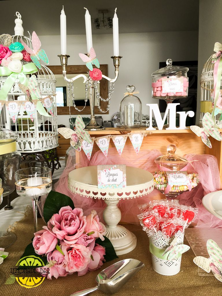 Wedding, theme champêtre, butterfly Rental jars and decoration for events. Candy bar, sweet buffet