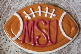 The Cookie Mama: MSU Footballs