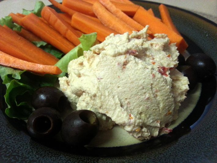 Eat the Rainbow: Creamy Sun-Dried Tomato Cashew Cheese #clean #health