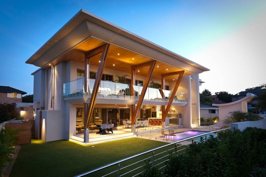 Distinct Cantilever Balcony And Roof Overhangs Reduce Cooling Costs Of Applecross House Is One Of The Curi Architecture Ultra Modern Homes Modern Architecture