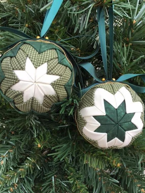 Complete No Sew Ball Kit Christmas Ornaments Etsy In 2020 Sewn Christmas Ornaments Fabric Christmas Ornaments Quilted Christmas Ornaments