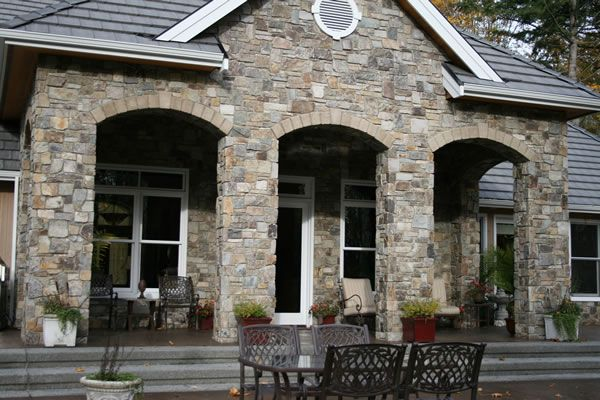 Amazing Modern Home Exterior Stone Veneer Lake House Exterior