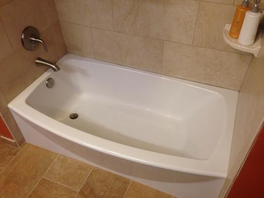 Beautiful American Standard Ovation 5 Ft. Right Drain Bathtub In Arctic White