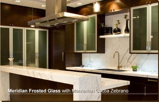 Best Eliware Modern Chocolate Kitchen Warm Wood White Carrara 640 x 480