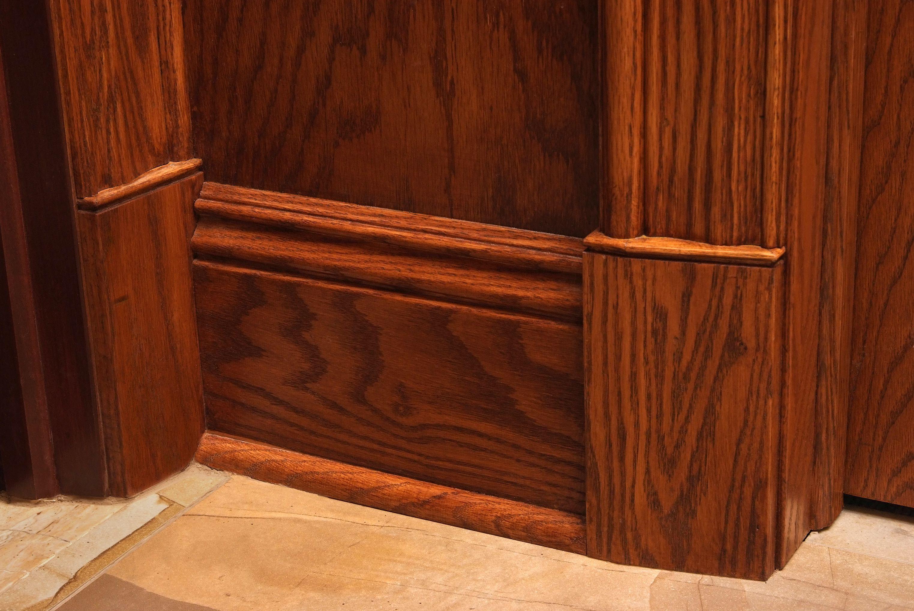 Red Oak Trim Detail With B110 1 16 X 4 Casing B212 3 7 2 Baseboard B001 Shoe Moulding And Custom Base Blocks