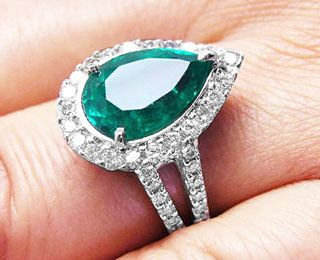 2bd05eae4adc5 Pear Shaped Emerald Rings With Colombian Emeralds | engagement ring ...