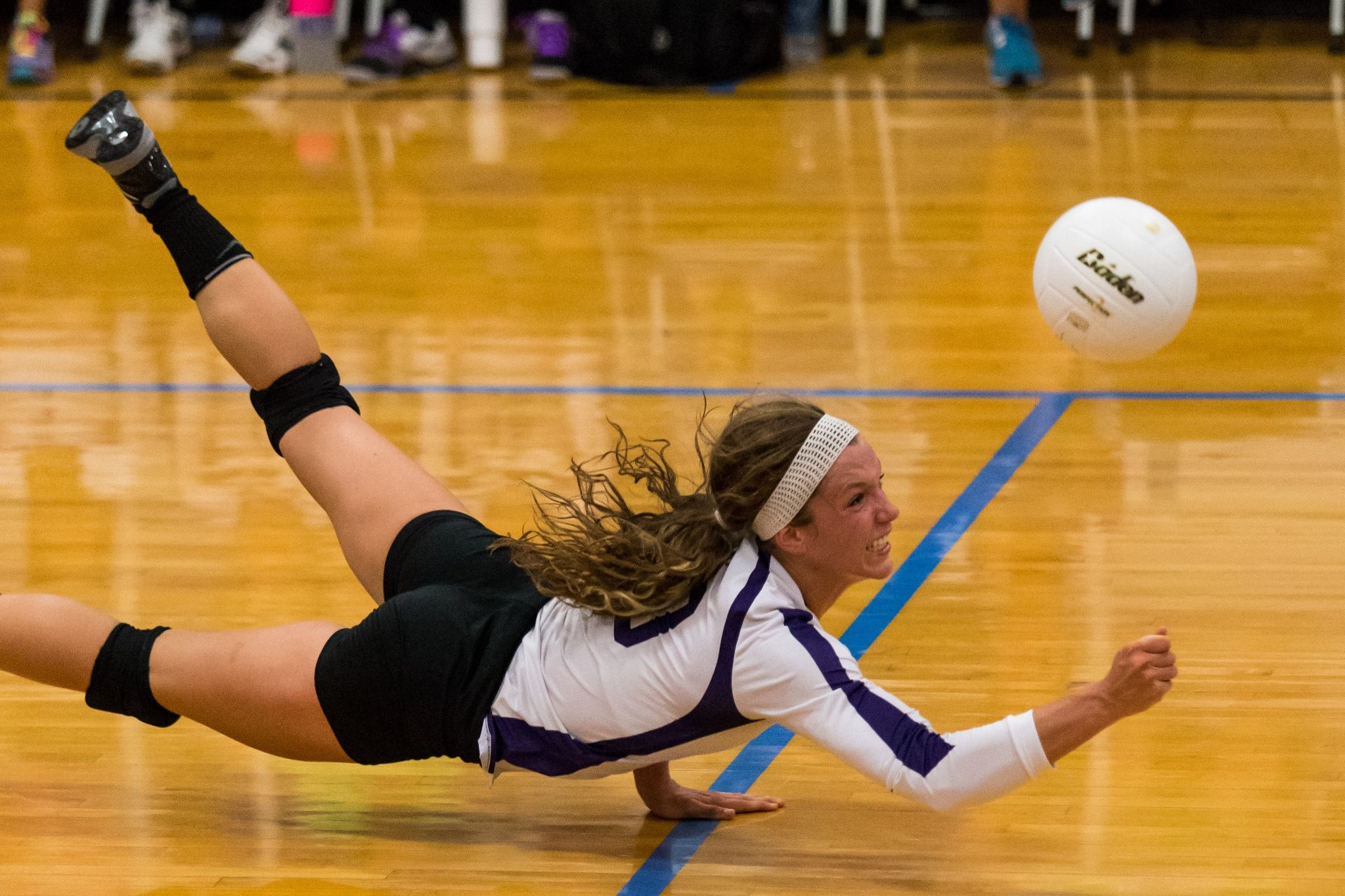 Dive Volleyball Inspiration Volleyball Photos Volleyball Poses