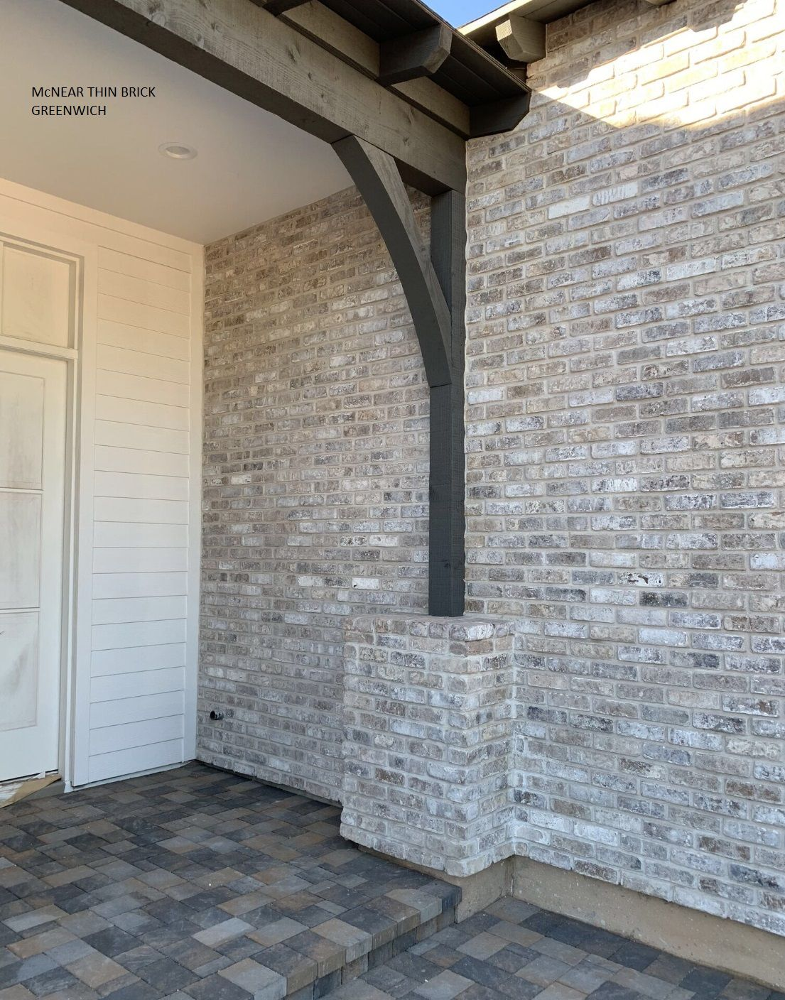 Exposed Brick Look Using Thin Brick Veneer Color Greenwich From Mcnear Brick Exposedbrick Thinbr Brick Exterior House Modern Brick House Grey Brick Houses