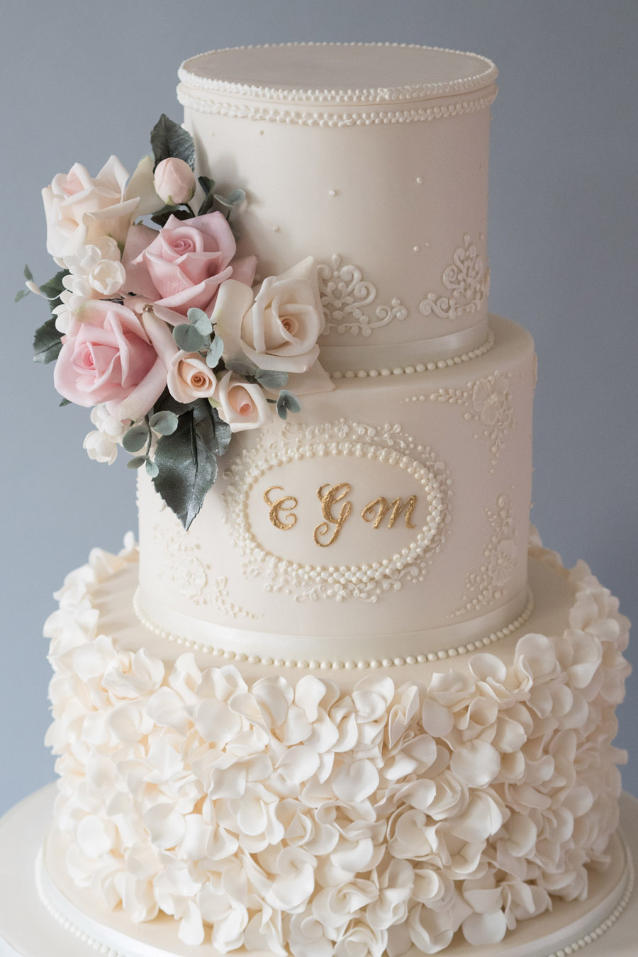 5 epic wedding cake trends of 2019 The English Wedding