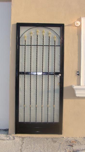 20 Protecciones para puertas sencillas