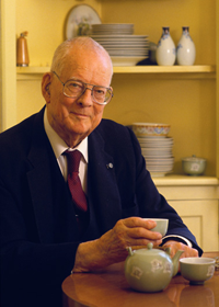 William Edwards Deming biography, co-founder of PDCA cycle | ToolsHero | Edwards  deming, Deming, W. edwards deming