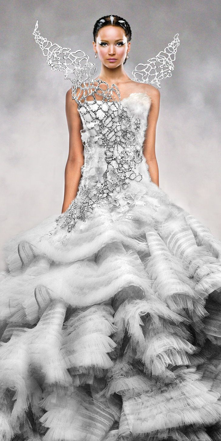 The hunger games catching fire katniss wedding dress designer - Jennifer Lawrence Katniss The Hunger Games Catching Fire Dress