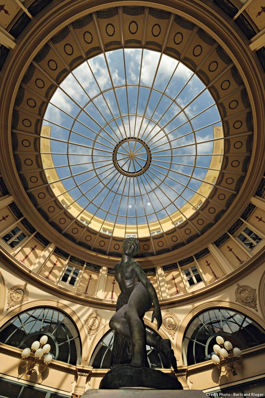 (2/9) bourse district - Galerie Colbert  4 rue Vivienne - a short walk from its main rival, Galerie Vivienne. This pretty covered arcade belongs to the Bibliothèque Nationale, and unlike other Parisian arcades, there are no shops here. Orientated towards culture, it houses the Institut Nationale d'Histoire de l'Art (INHA) and the Institut National du Patrimoine (INP). However, it is open to the public to discover the magnificent rotunda topped with a glass dome.