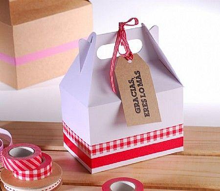 Our picnic box + Mr. Wonderful's label