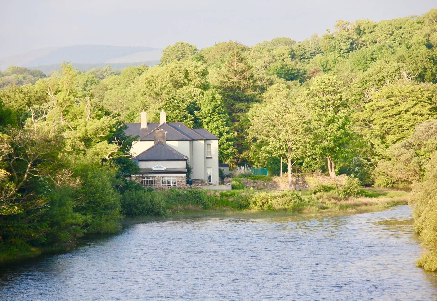 Riverside House 'Blue Room' Bed and breakfasts for Rent