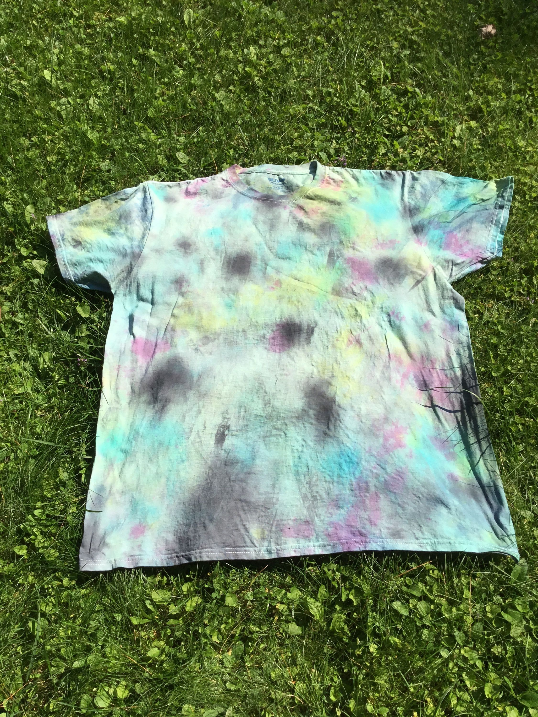 fc9e6bca1b4b6 Tie Dyed Hippie Style Men's T-Shirt, Men XL T-Shirt In Green Men ...