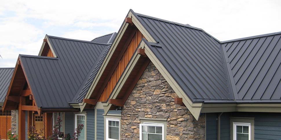 Metal Roof Vs Traditional Asphalt Shingles Pros Cons