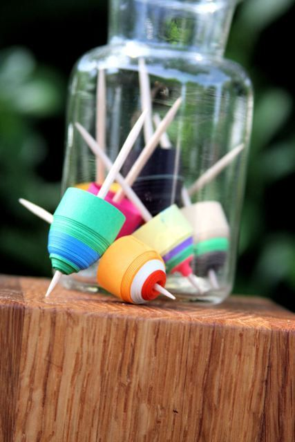 Paper Spin Tops by nanisimpresa on Etsy