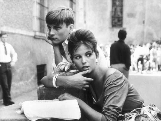 Jacques Perrin & Claudia Cardinale dans La fille à la valise (La ragazza con la valigia) 1961