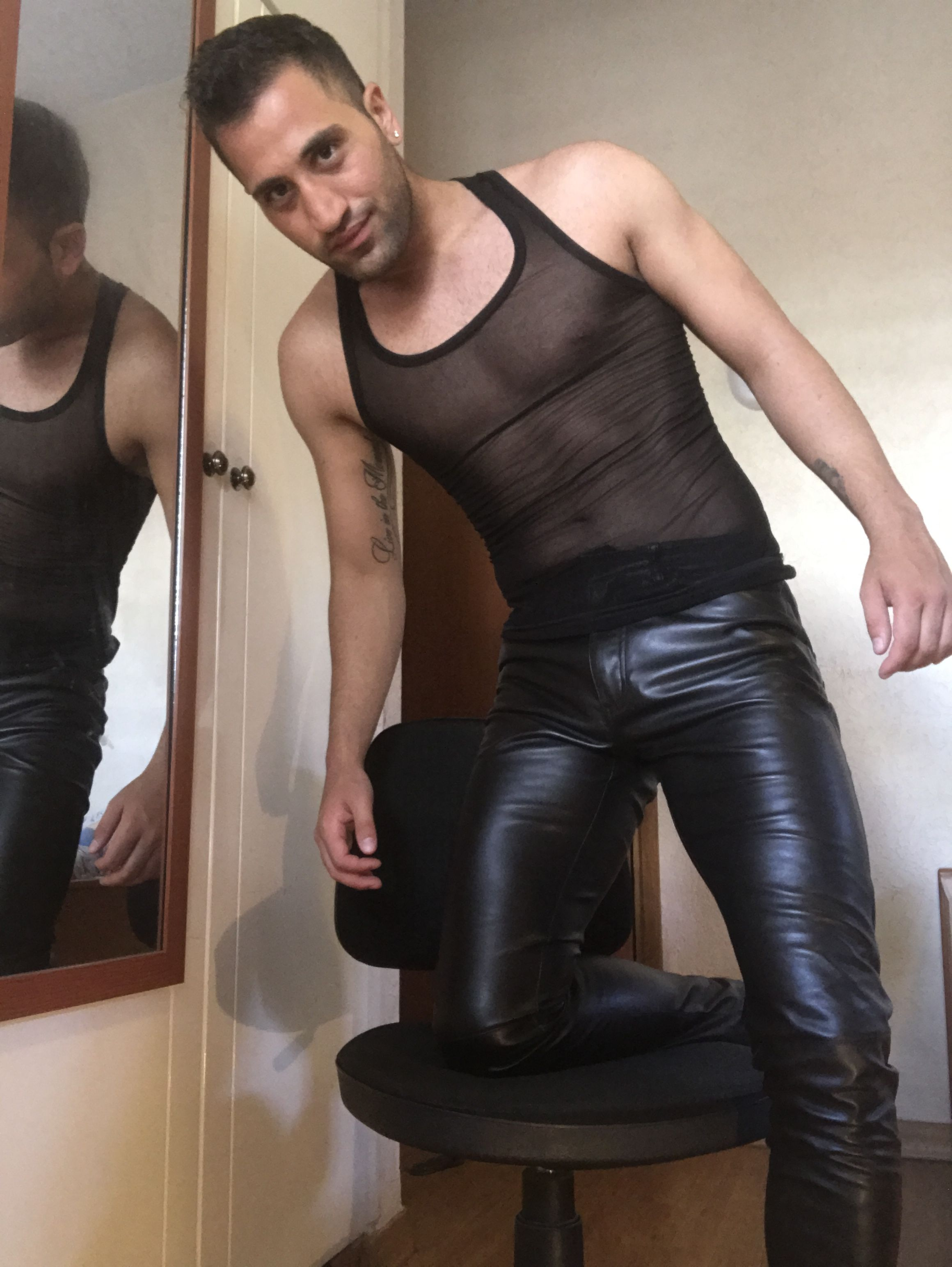 3d5f192cb9 Sheer delight! | Leather Daddies in 2019 | Leather trousers, Leather ...